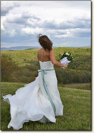 Romantic Bride in the Mountains